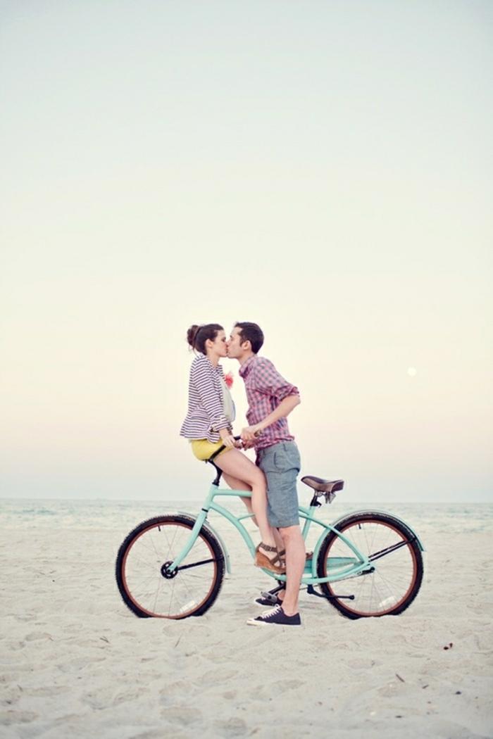 Photo des amoureux jolie photo d amour photos couples amoureux bicyclette