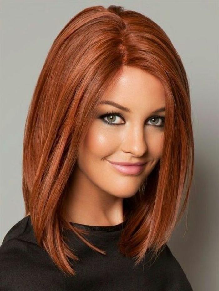 coupes de cheveux en couleur bourgoundi sans frange visage sublimé