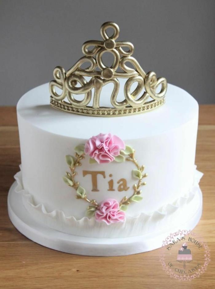 Princesse gateau chateau princesse facile gâteau de cendrillon fille tiara pour tia