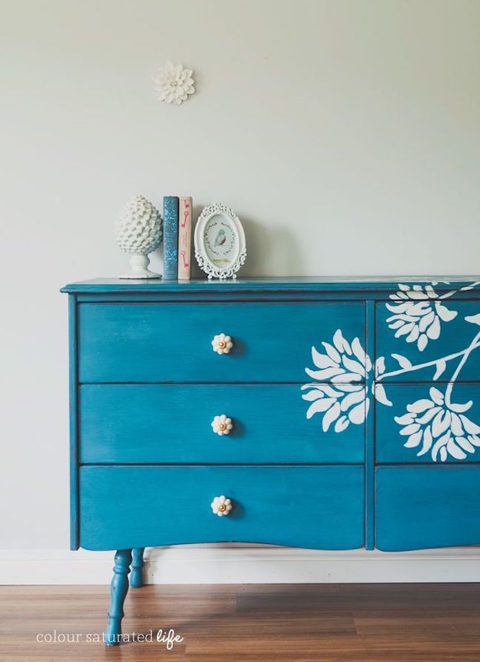 renover une commode meuble relooké avant apres repeindre une armoire en bleu