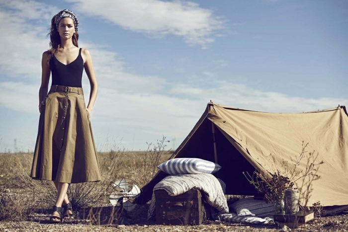 Belle robe saharienne kaki la robe safari femme tendance