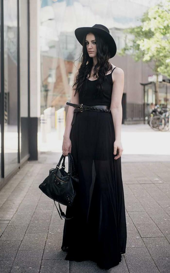 robe fluide, robe tulle longue au sol, chapeau feutre, robe streetstyle et ceinture en cuir