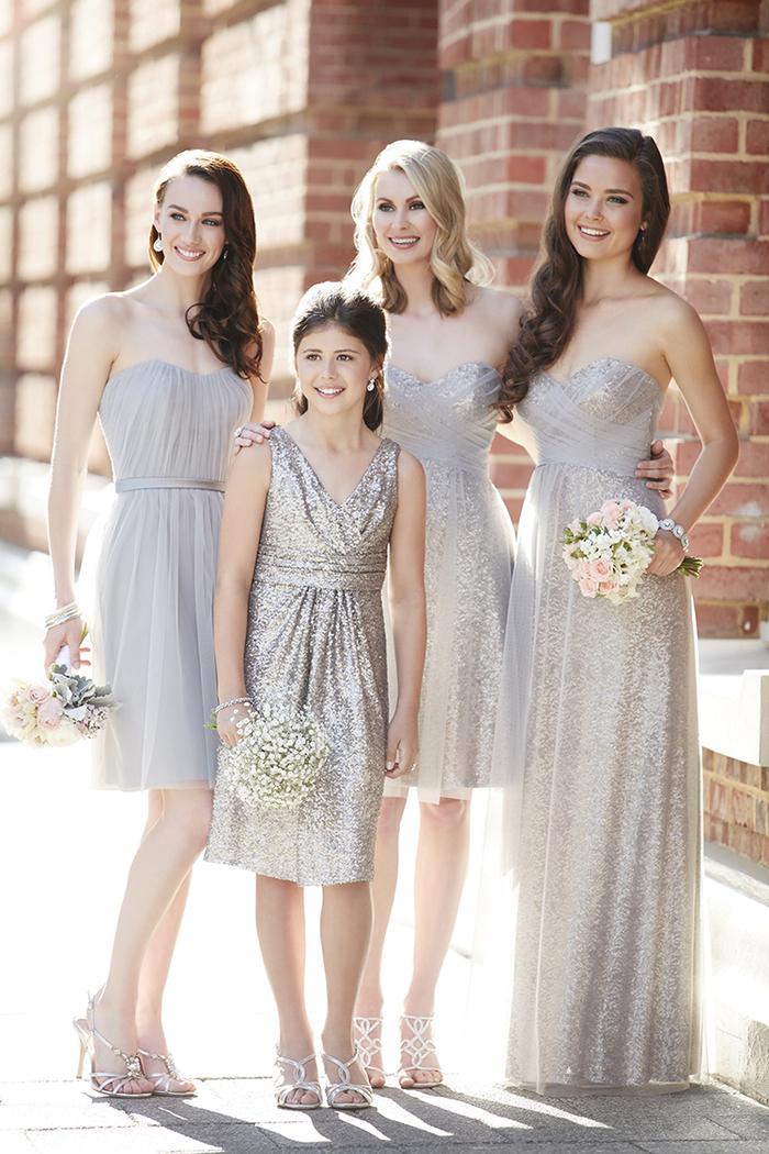 des robes de cérémonie bustier de longueur différente à effet métallique
