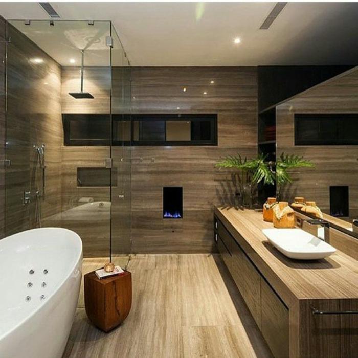 salle de bain zen, meuble sous vasque styé en bois, sol en bois, baignoire luisante blanche