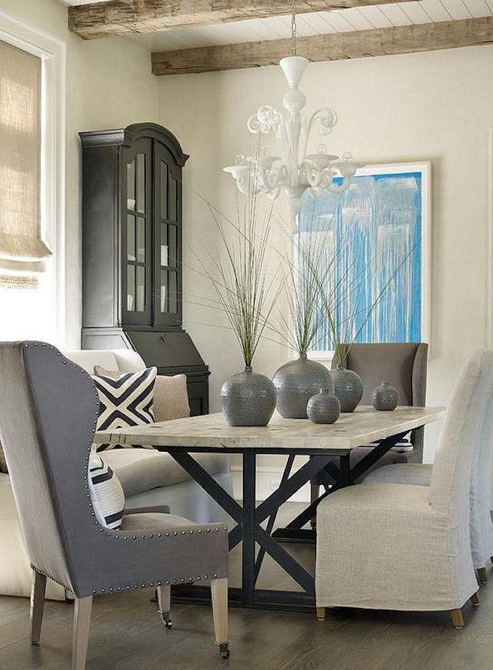 exemple intérieur maison couleur gris taupe et murs en lin