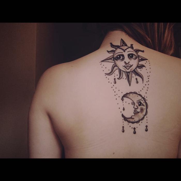 tatouage soleil et lune, les deux corps astronomiques personnifiés et tatoués au dos