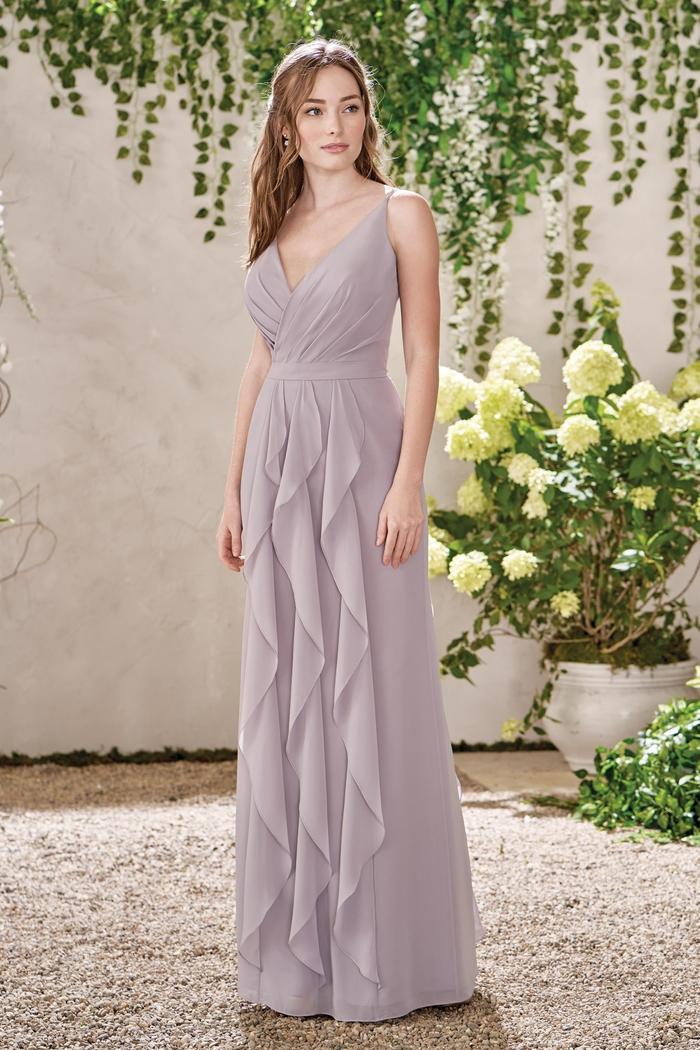 robe de cérémonie de mariage en couleur nude et à jupe fluide plissée