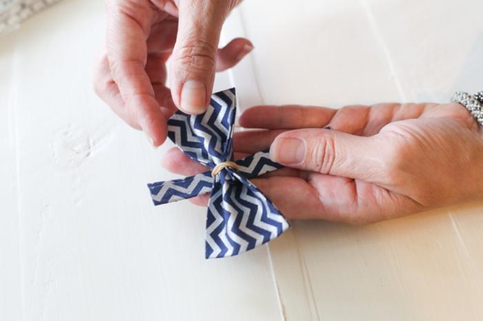 Couture débutant tuto pochette tutoriel couture fabriquer soi meme securiser avec un elastique