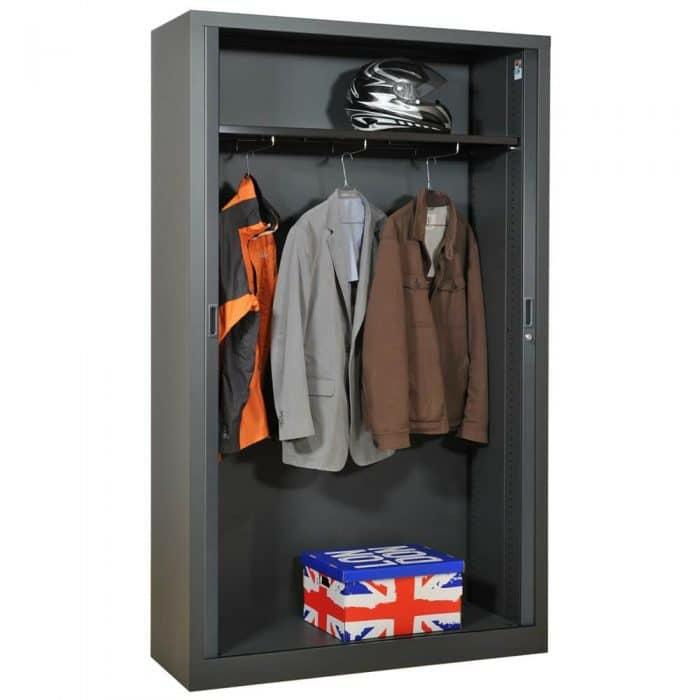armoire industrielle pour la chambre des ados originalité et caractère ambiance stylée