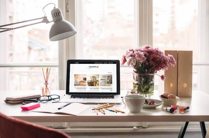 accessoires de bureau originaux, lampe de bureau blanche, classeurs de papier à imitation bois