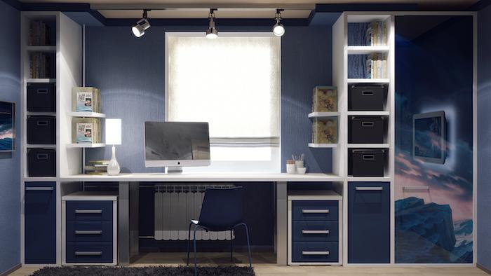 interieur maison moderne, revêtement de sol en bois clair, meubles en blanc et bleu foncé, lampe de bureau blanche