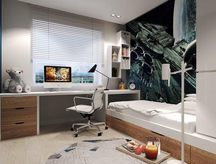 meuble chambre enfant, revêtement de sol en bois clair et murs nuance ivoire, étagère verticale en bois
