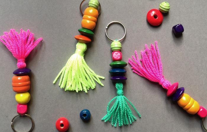 porte-clefs original diy en laine couleurs