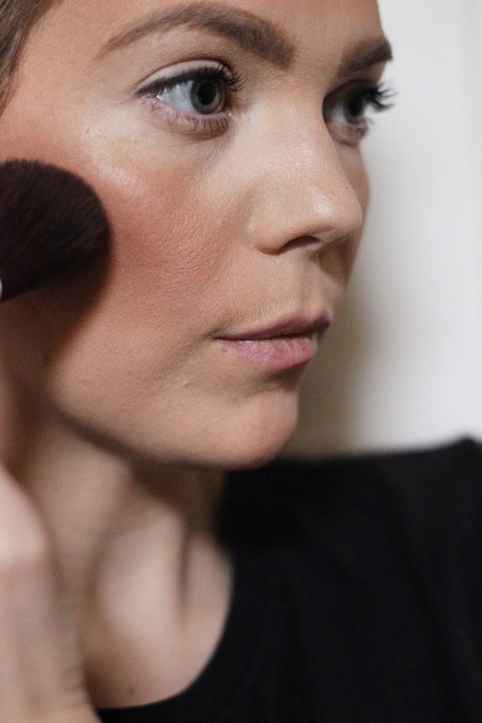 idée maquillage halloween artistique pour un déguisement en biche snapchat