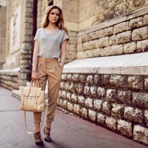 Que mettre avec un pantalon beige - les tendances mode de l'automne-hiver 2017 à ne pas rater