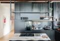 La révolution industrielle dans la cuisine – plus de 100 astuces déco pour aménager une cuisine style industriel