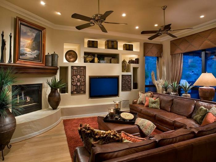 déco salon cocooning, canapé marron en cuir, lampes encastrées, cheminée noire