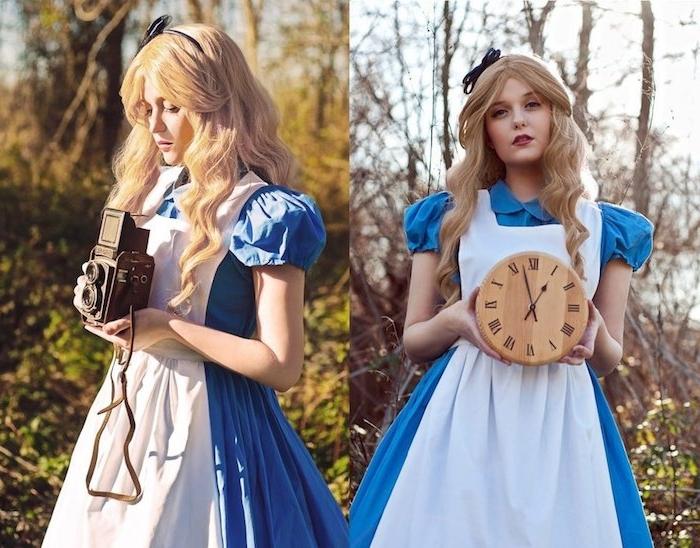 deguisement femme féerique, alice au pays des merveilles, robe bleue, tablier blanc, cheveux blonds longs, ruban noir, horloge bois et appareil photo vintage