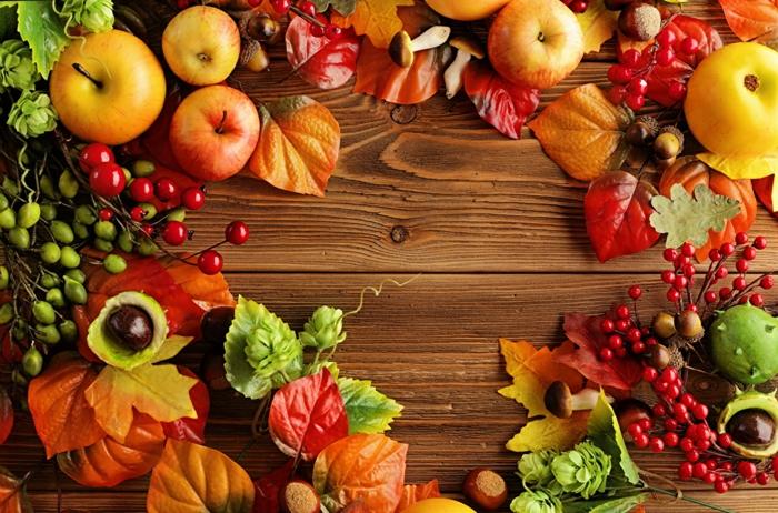 fond ecran paysage, nature morte avec des pommes et des fruits photogéniques