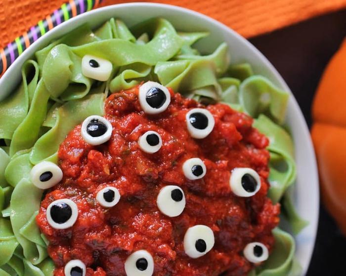 Apero dinatoire halloween pinterest cuisine halloween ces ides de repas vont rendre votre - Aperitif dinatoire halloween ...