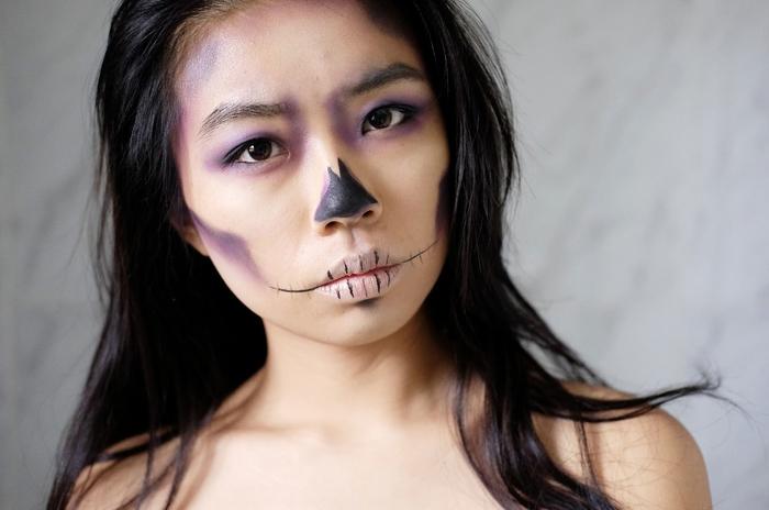 un maquillage halloween facile pour un déguisement en squelette classique