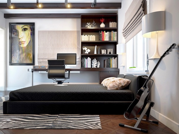 deco interieur, plafond blanc avec poutre en bois peint en noir, lit de cadre noir avec couverture foncée