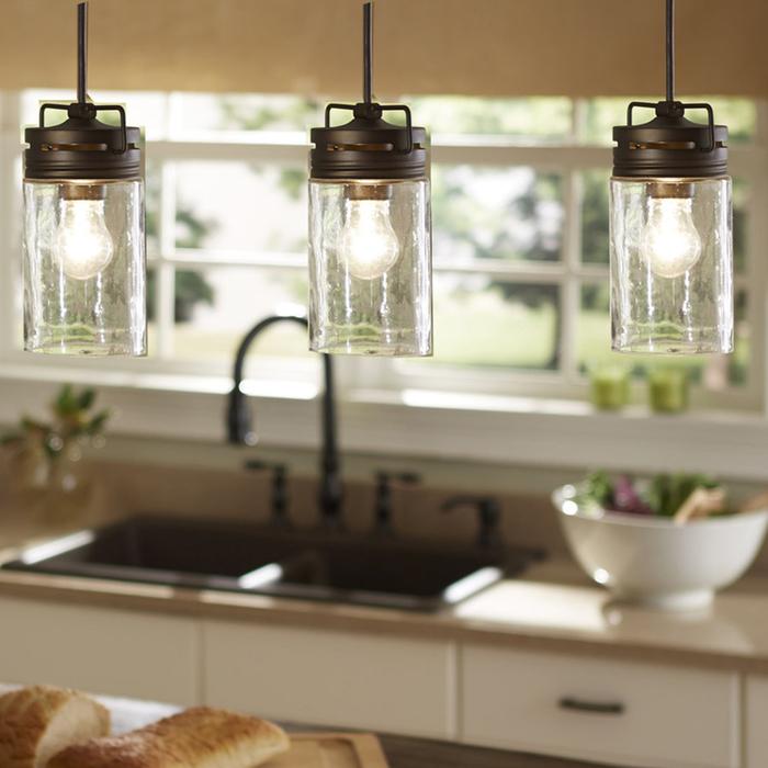 idée originale pour un luminaire fait maison composé de trois bocaux recyclés