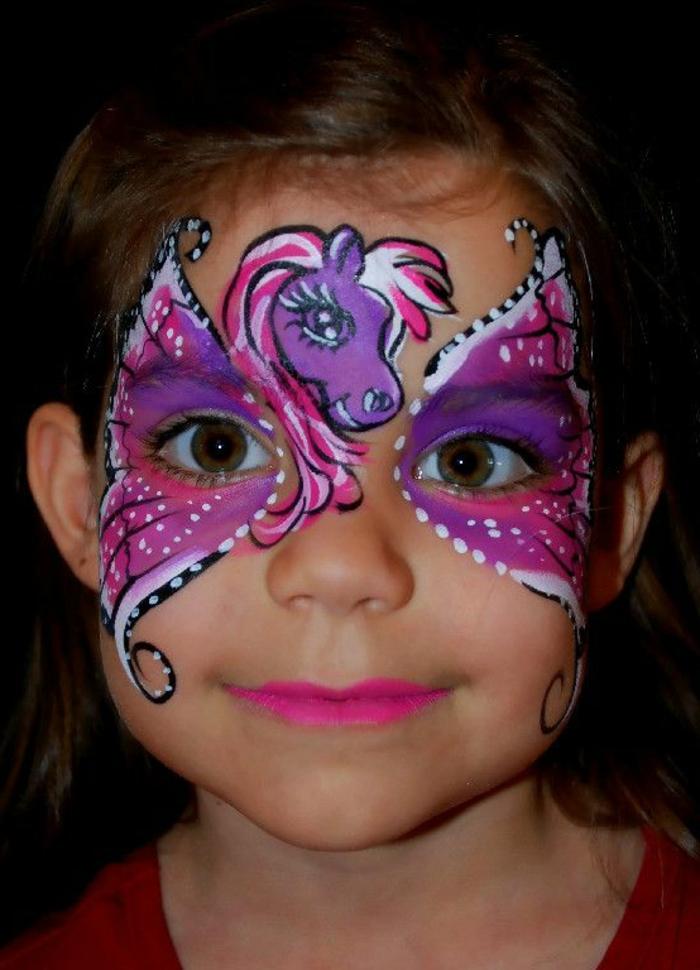 maquillage déguisement, licorne lilas et rose, maquiller l'enfant pour une fête