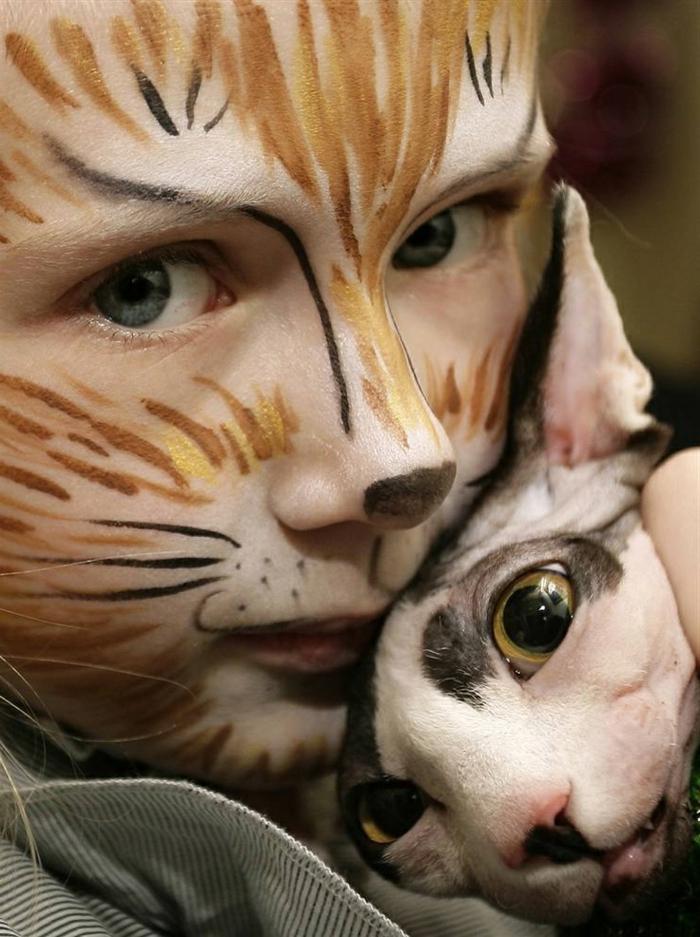 maquillage enfants, maquillage pour les enfants original, tête de chaton