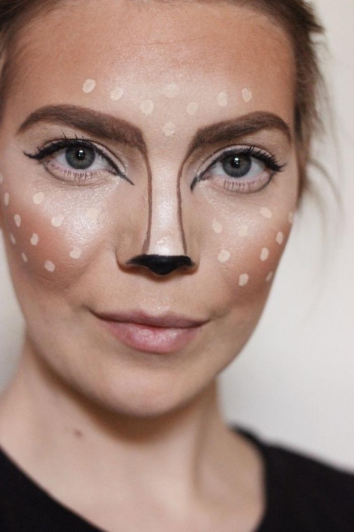 un maquillage halloween femme facile et impressionnant inspiré de l'effet cerf de snapchat