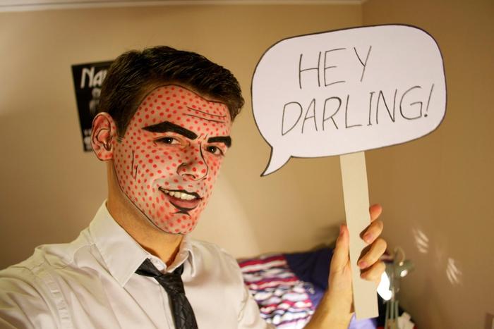 un maquillage homme halloween inspiré de look d'un personnage de bande dessinée