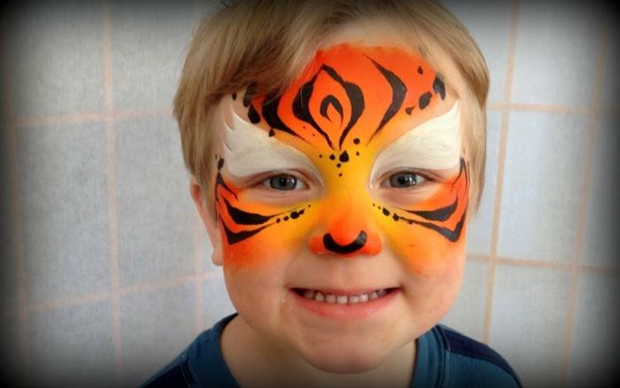 maquillage pour enfant, tête de tigre pour enfant, idées maquillage original