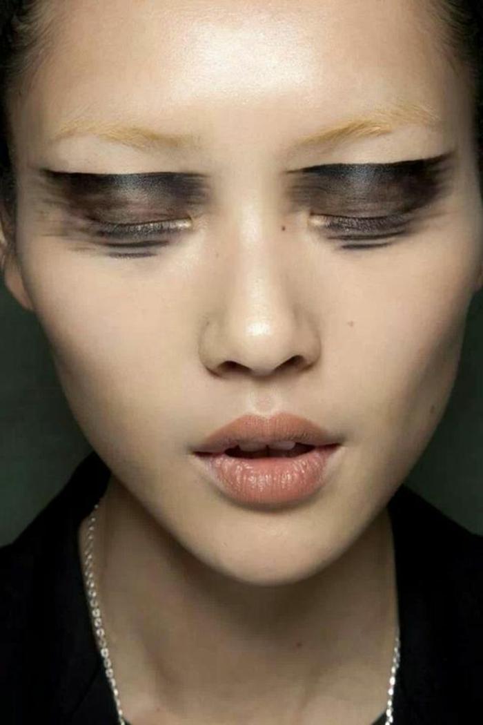 Comment se maquiller les yeux cette saison obsigen - Maquillage blonde yeux marrons ...