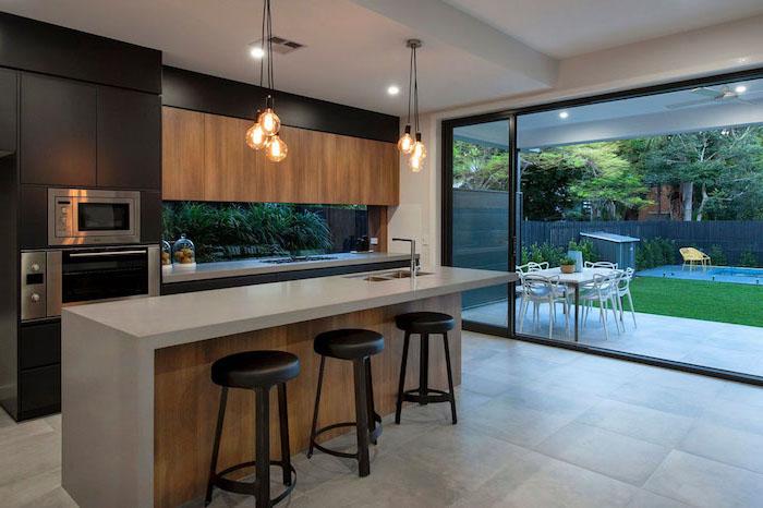 1001 astuces comment am nager une cuisine en longueur for Meuble haut bois cuisine