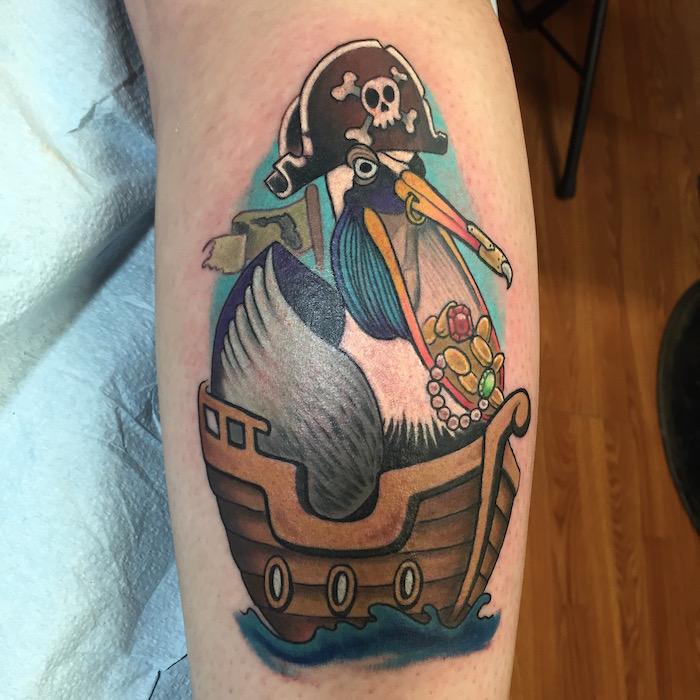 tattoo marin symbole pirate tatouage marine tatouages oiseau