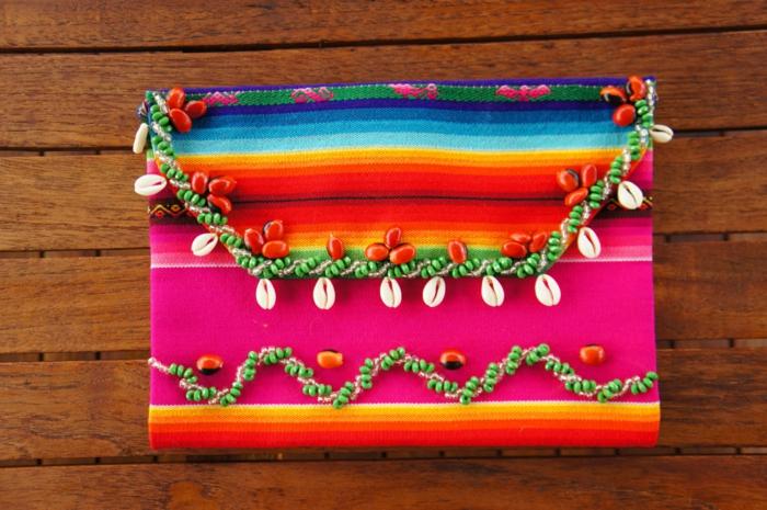 pochette de soirée pas cher, petit sac rectangulaire, design multicolore