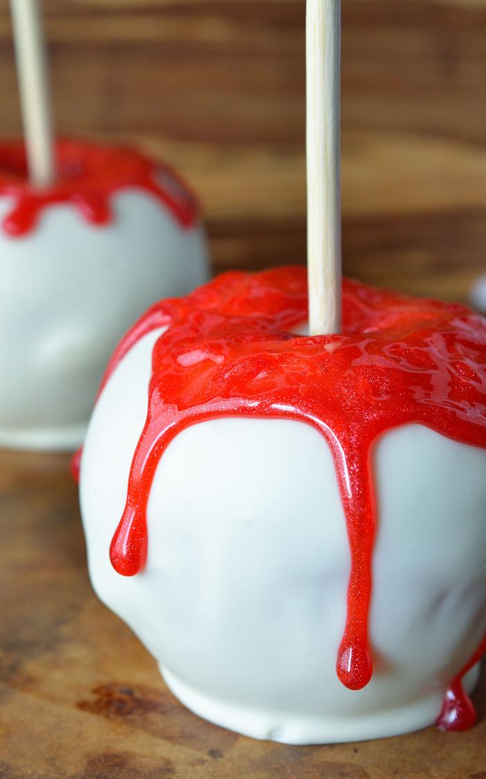 recettes halloween, recette facile pour un apero halloween gourmande, pommes enrobées de chocolat blanc