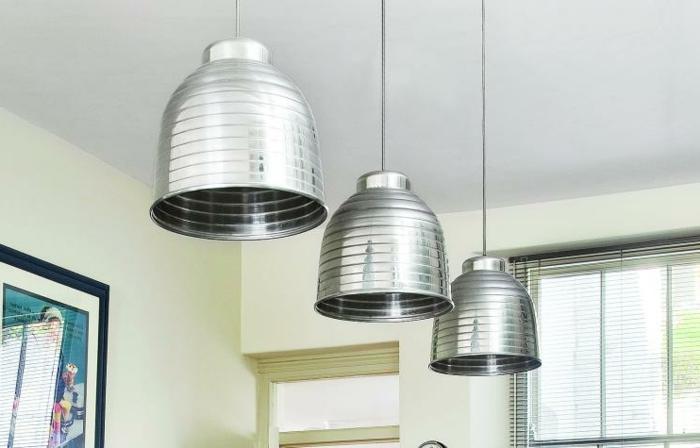 idée de de suspensions metalliques, idée comment refaire sa cuisine à moindre cout à travers les luminaires