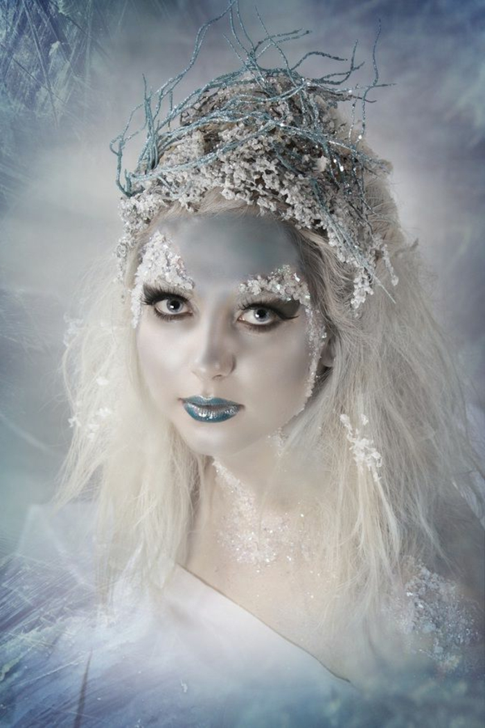 1001 id es fabuleuses de maquillage reine des neiges. Black Bedroom Furniture Sets. Home Design Ideas