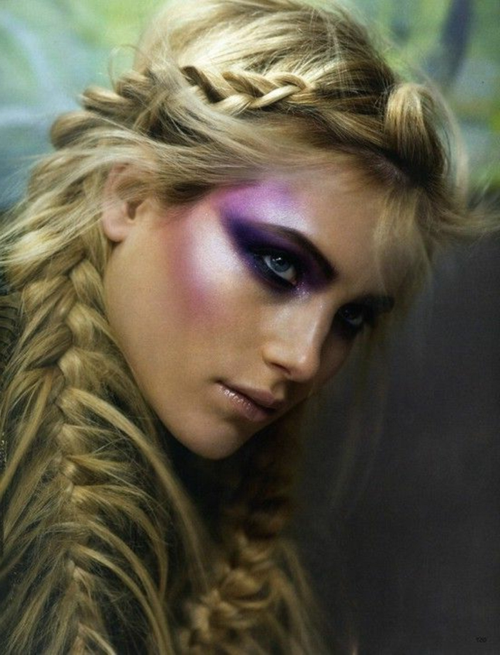 reine des neige, longs cheveux blonds, coiffure en tresse, maquillage lilas lumineux