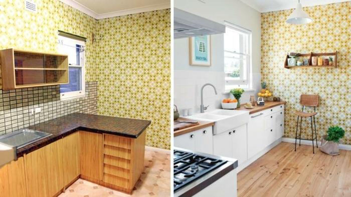 idée relooking cuisine en bois, repeinte en blanc, parquet clair, mur en papier peint gardé, plan de travail bois