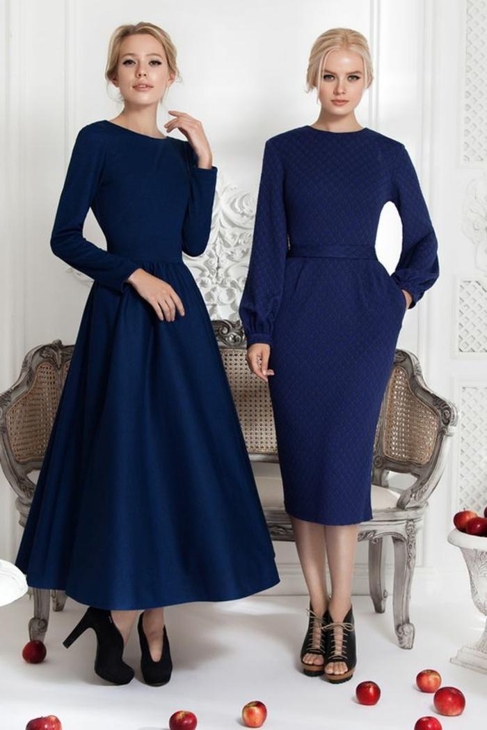 robes de soirée pour mariage robe bleu marine avec des cols ronds des modèles rétro en vogue