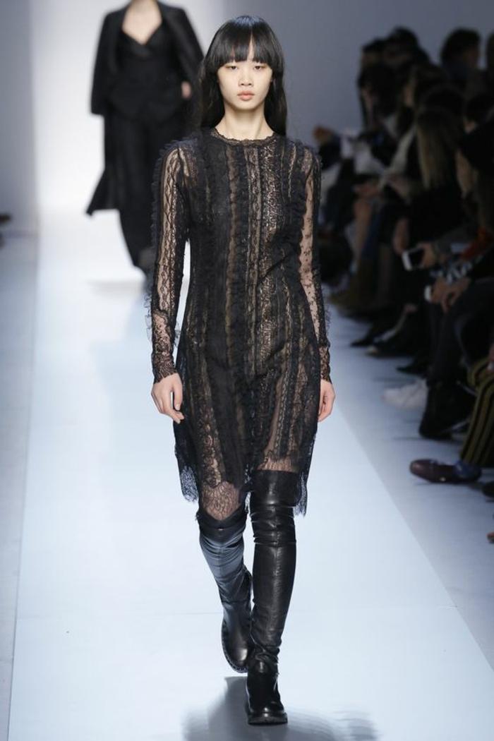 robe de cérémonie femme Ermanno Scervino robe en dentelle manches longues longueur au genou