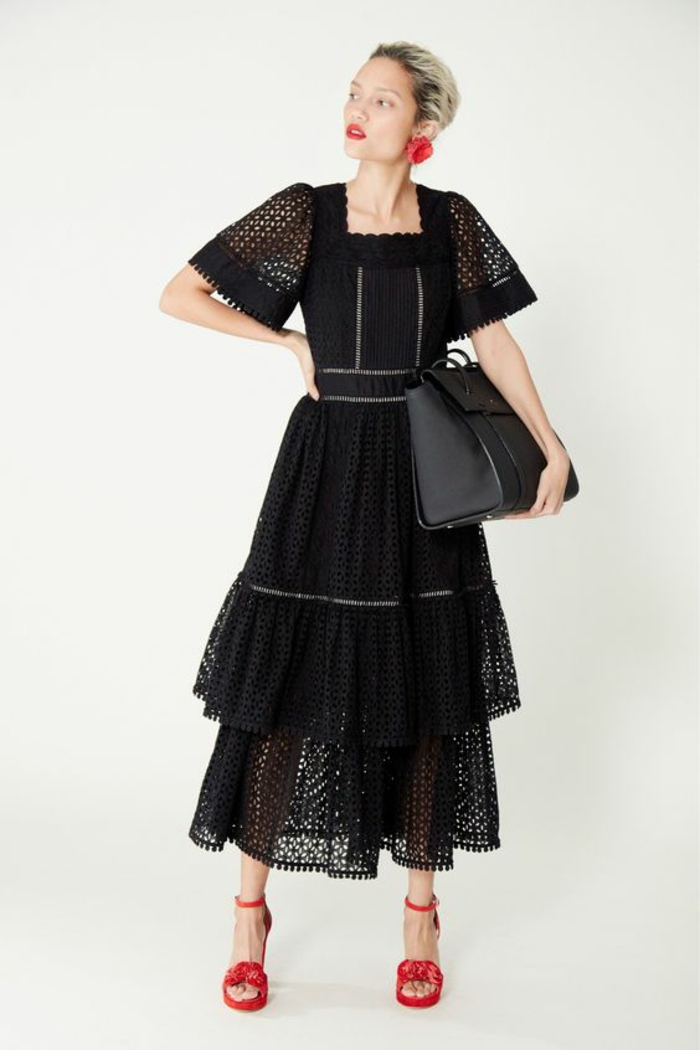 robe évasée robe en dentelle Kate Spade aux manches larges ajourées longueur aux coudes