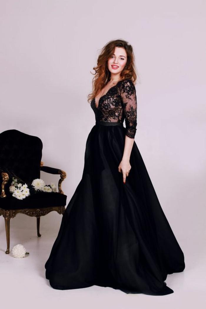robe en dentelle robe soirée longue avec buste en dentelle et décolleté en V