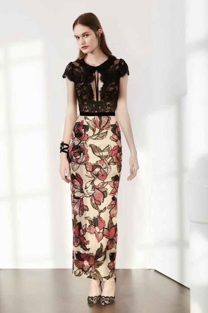 robe longue robe noire dentelle avec partie basse en fleurs couleur corail longueur couvrante les chevilles