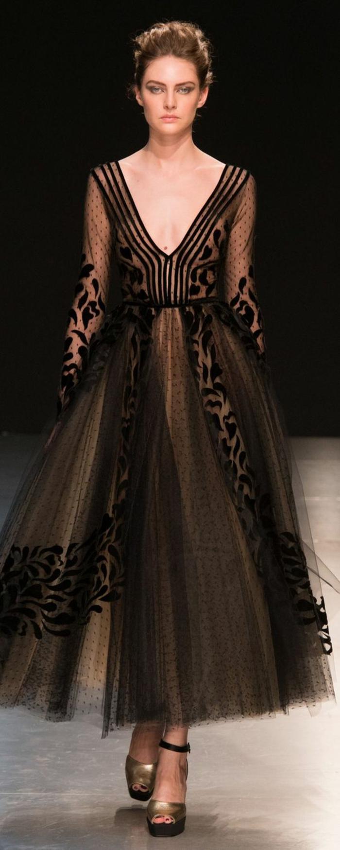robe nouvel an Georges Chakra robe soirée longue décolleté en V très grand épaules sublimées