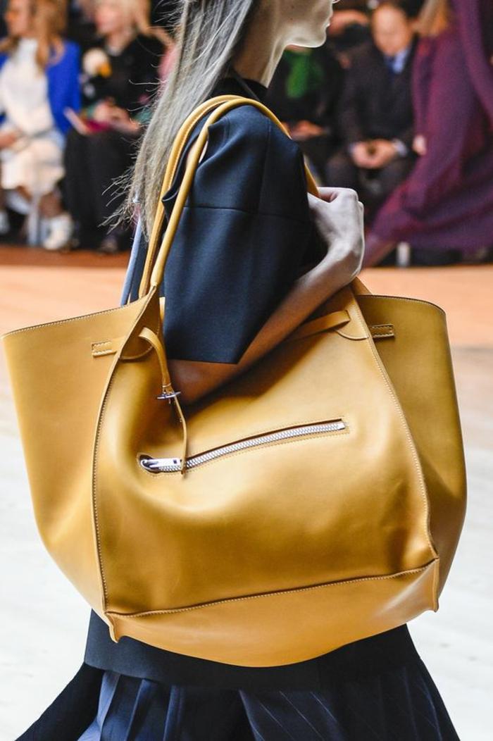 sac a dos vintage taille XXL avec grande fermeture éclair poche a porter sur les épaules