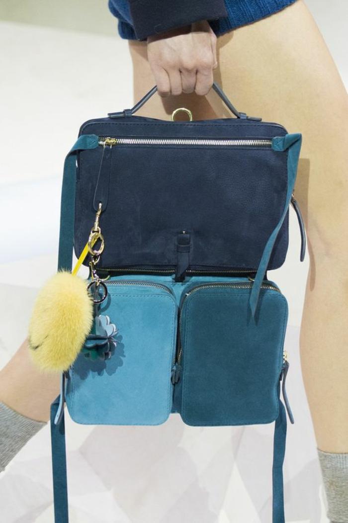sac à dos femme cuir en couleurs dans diverses nuances du bleu type cartable d'école