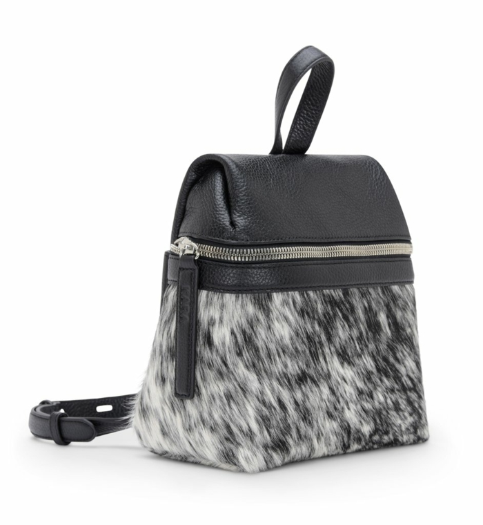 sac a dos cuir femme taille micro pour tous les types d'occasions avec grande fermeture éclair